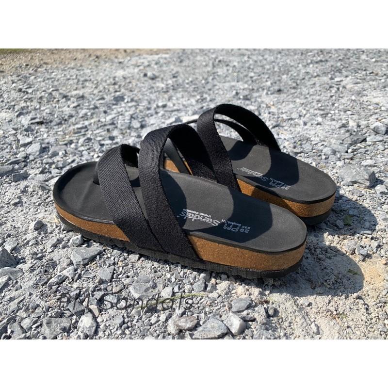 รองเท้าชาย รองเท้ารัดส้น รองเท้าแตะ รองเท้ารัดส้นผู้ชาย รองเท้าคัชชูผู้ชาย รองเท้าแตะสายไขว้ผ้า-สีดำล้วน