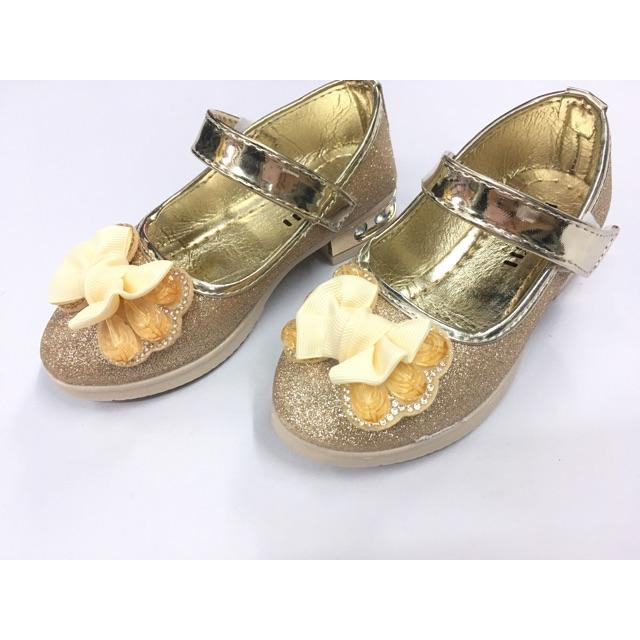 👸รองเท้าคัชชูเด็กผู้หญิง รองเท้าออกงานเด็กผู้หญิง  สีทอง ไซส์ 26-30