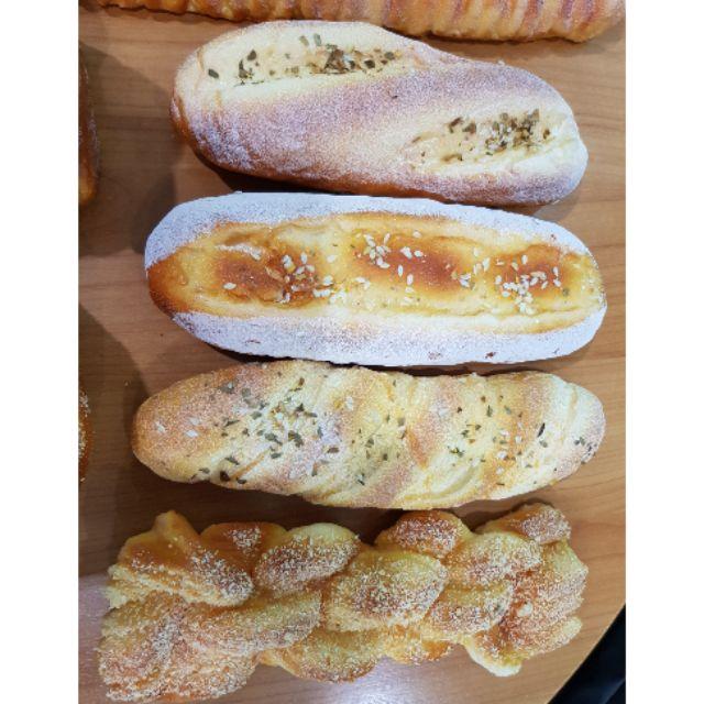 (1ชิ้น)ขนมปังปลอม/ขนมปัง