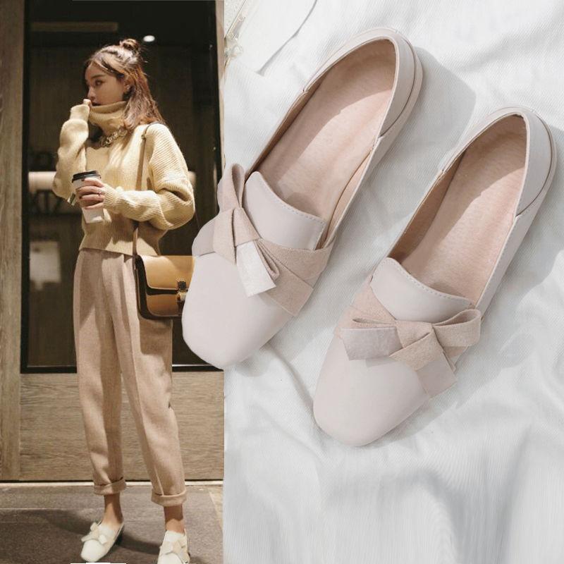 รองเท้าเด็กผู้หญิง รองเท้าคัชชูแบบใหม่รองเท้าเหยียบส้นรองเท้าหนังแท้รองเท้าทรงถั่วรองเท้าเดียวรองเท้าผู้หญิง