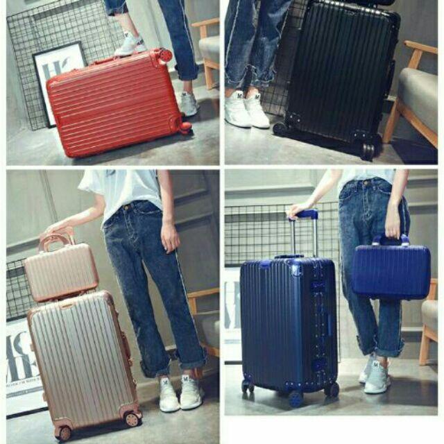 """กระเป๋าเดินทางล้อลาก 4 ล้อ ล็อคบานพับ หมุนได้ 360° 20/22/24/26/28"""" พรีออเดอร์ บางสีบางขนาด"""