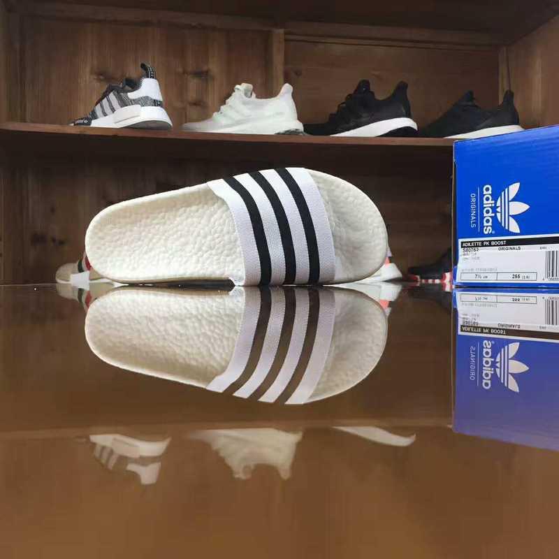 รองเท้าผ้าใบ Adidas x Adilette x NEIGHBORHOOD adilte S 80762 ... 79ce94a82