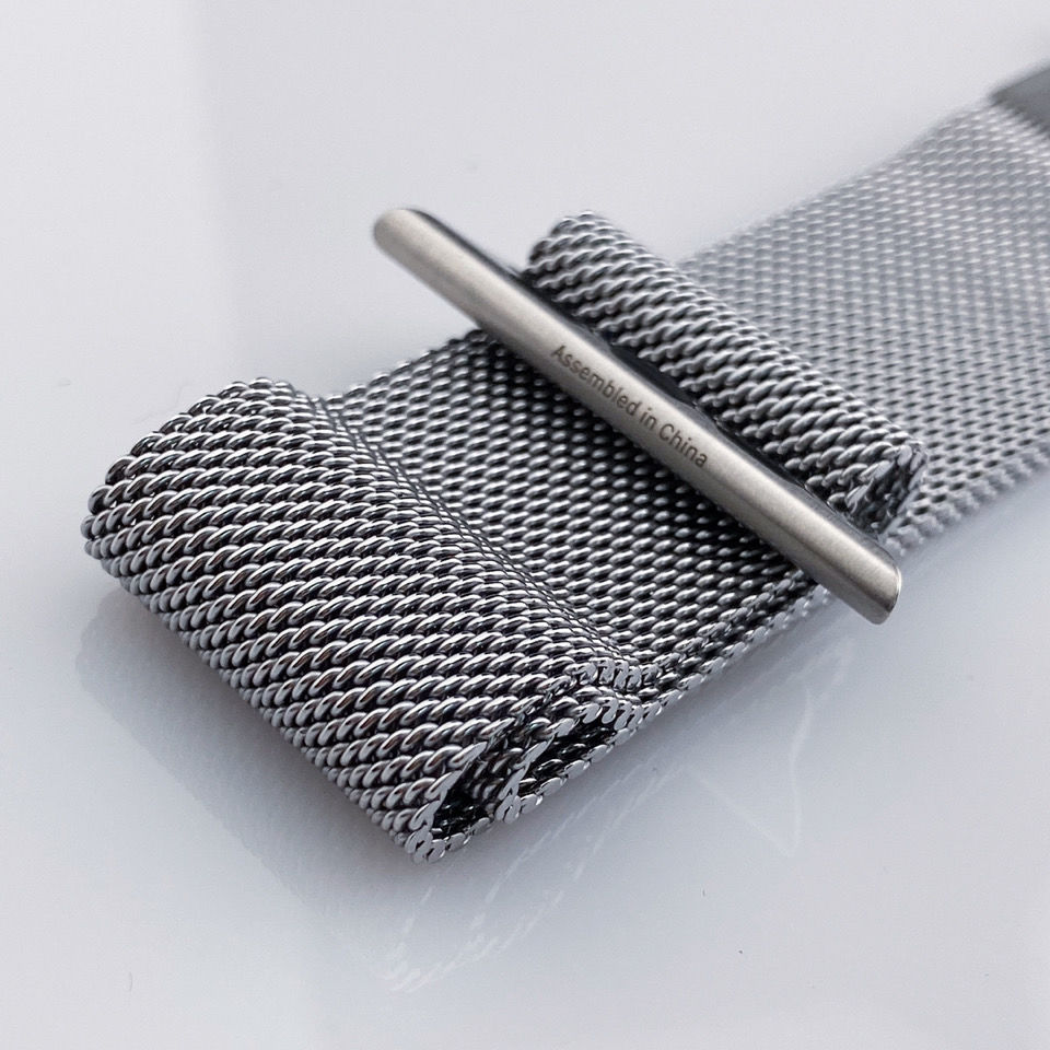 watchสายรัดApplewatchสายนาฬิกาสแตนเลสiwatchสายเดิมอย่างเป็นทางการของแท้เงินทองสีดำ MJ8O