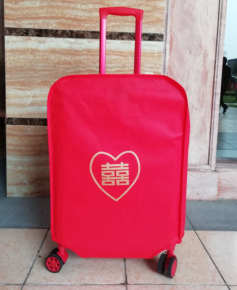 กระเป๋าเดินทางสีแดงขนาด 20 นิ้ว 24 นิ้ว