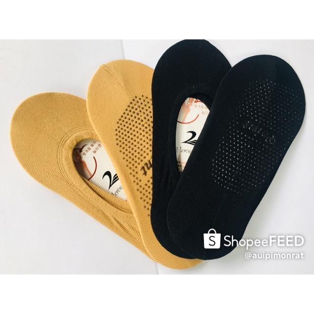 ถุงเท้าเนื้อถุงน่อง ใส่กับรองเท้าคัชชู 1คู่12บาท 10คู่ขึ้นไปราคาคู่ละ10บาท คละแบบได้