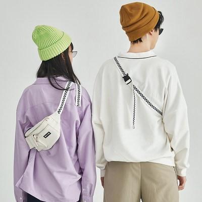 ✿웃[Lola 2021สินค้าใหม่] บันทึกการเดินทางสีทึบกระดานหมากรุกกระเป๋าคาดอกกระเป๋าสะพายข้างหญิง INS กระเป๋าใบเล็กแมทช์ลุคง่าย