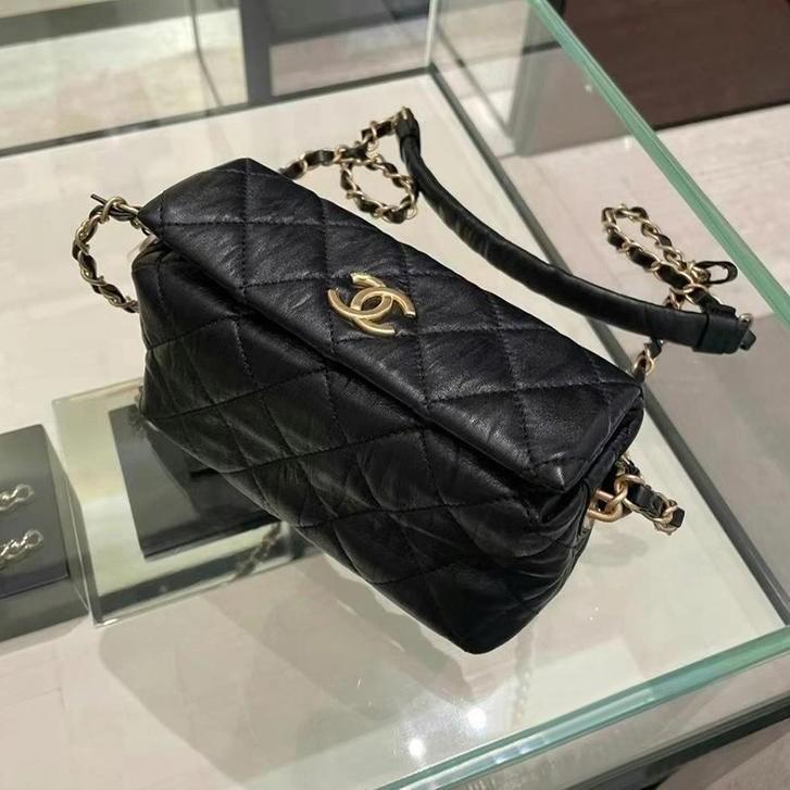 Chanel new product HOBO hobo bag 19 bags shoulder bag