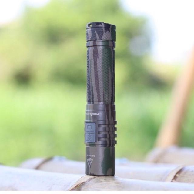 ไฟฉาย Fenix E35UE Camo   CREE XM-L2 U2 LED - 1,000 Lumens  ชาร์จ USB (พร้อมแบตเตอรี่)