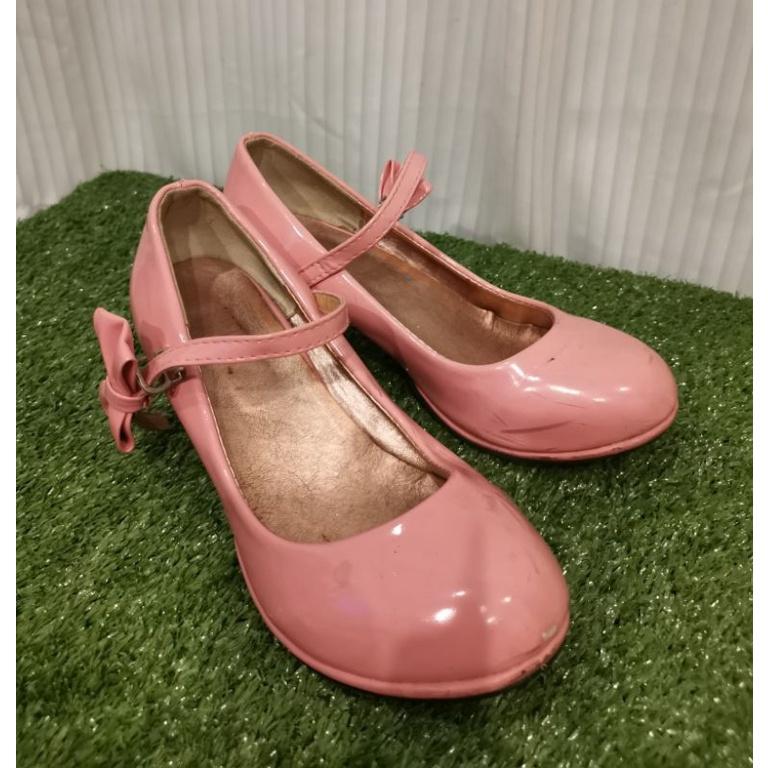 รองเท้าคัชชูเด็กผู้หญิงสีชมพูพาสเทล Size 32