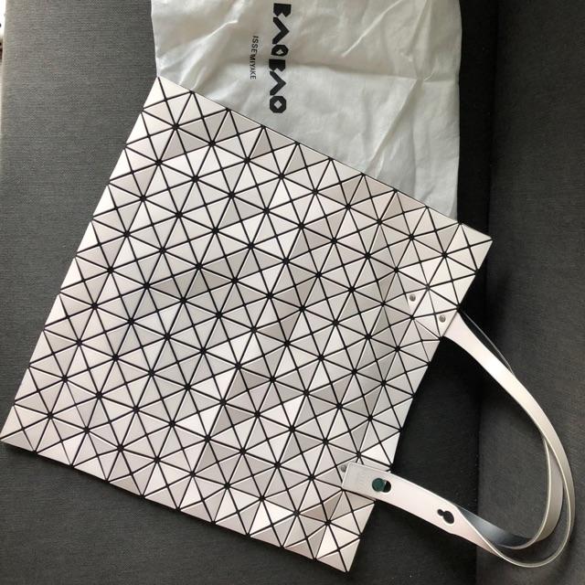 กระเป๋า Bao Bao มือสอง สภาพ 80%
