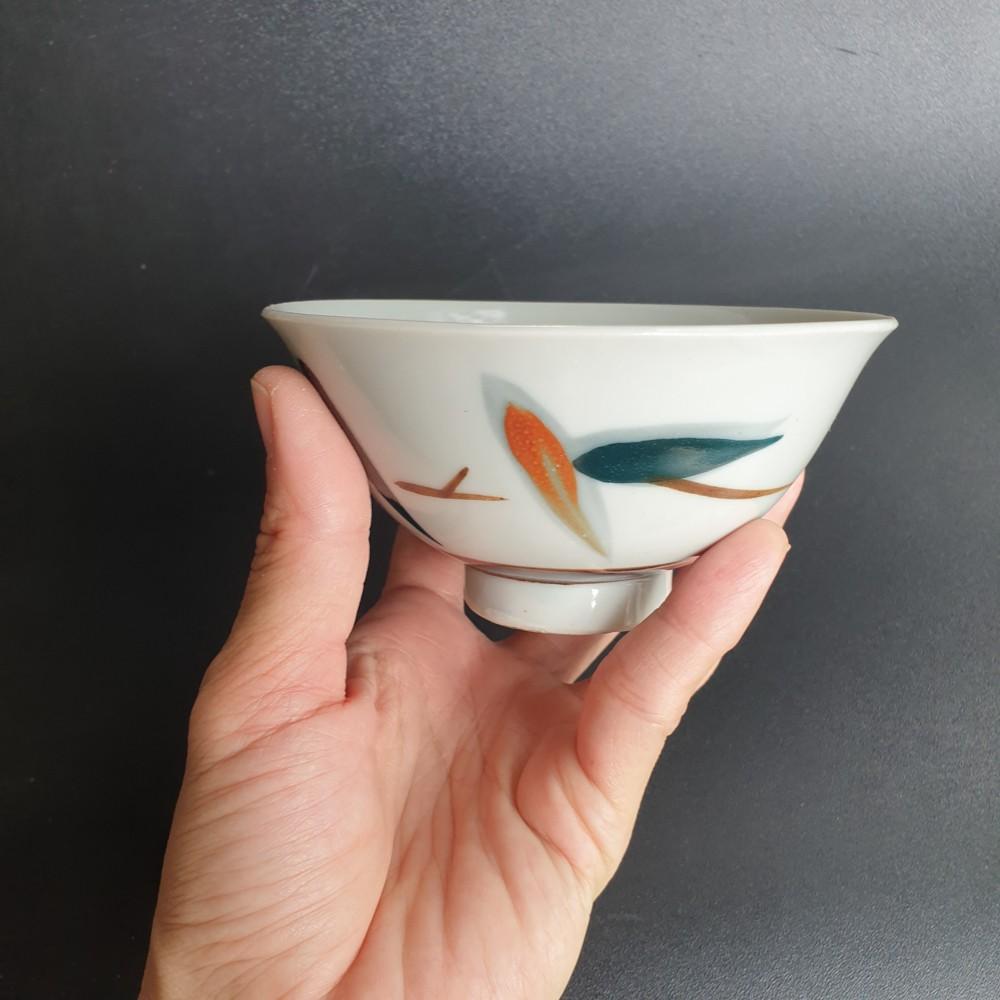 มือสอง ชามเซรามิกญี่ปุ่นทรงกลม ปากกว้าง 12 cm ลึก 6 cm สีขาวลายสีเขียวส้ม กระถางต้นไม้ แคคตัส ไม้โขด ไม้อวบน้ำ