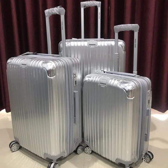 """กระเป๋าเดินทาง24"""" ใหญ่คุ้มสุด"""