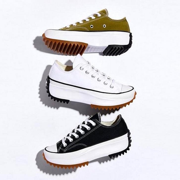 รองเท้าผ้าใบ Converse Run Star Hike สีดําและสีขาว 168817 C