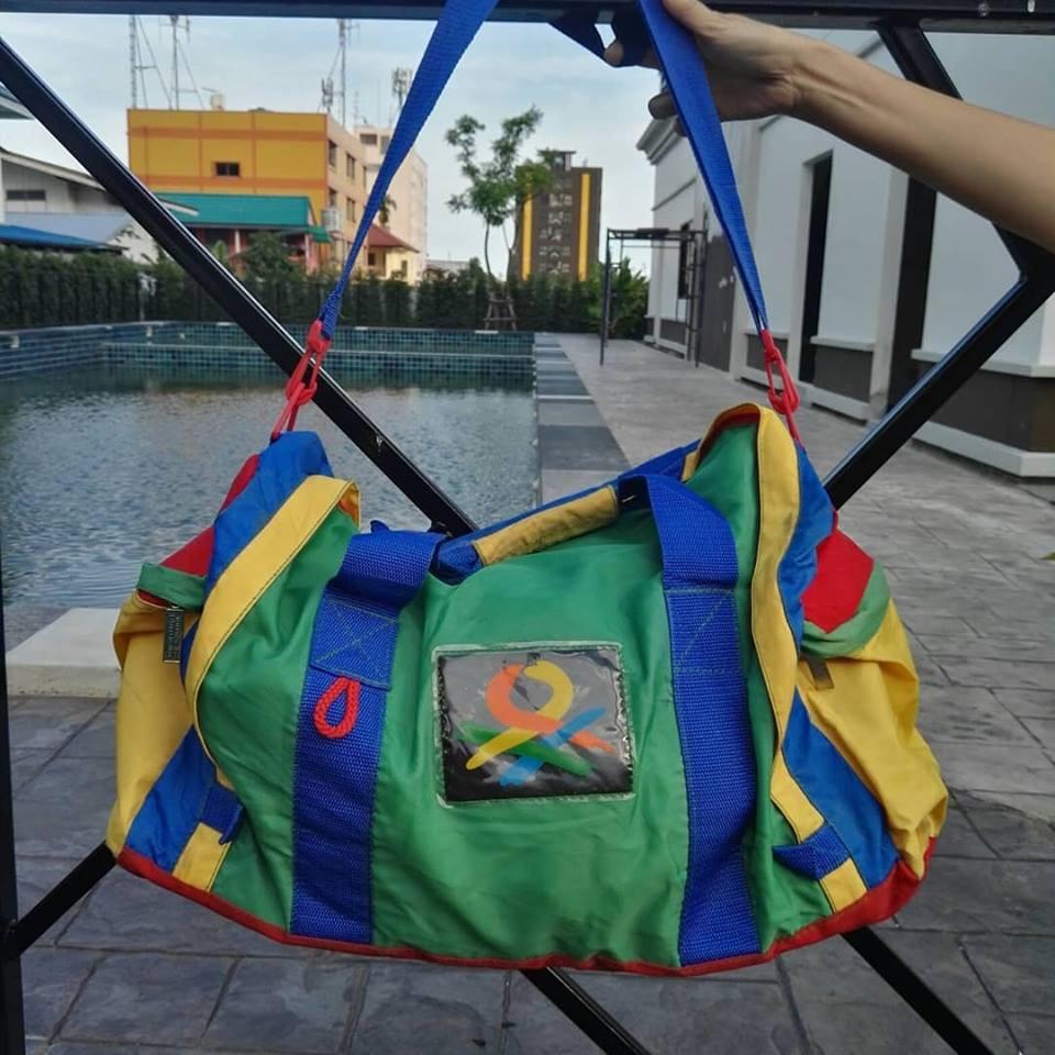 กระเป๋าเดินทาง Benetton
