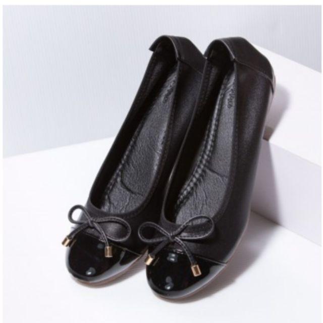 ส่งต่อรองเท้าคัชชูสีดำ size 37