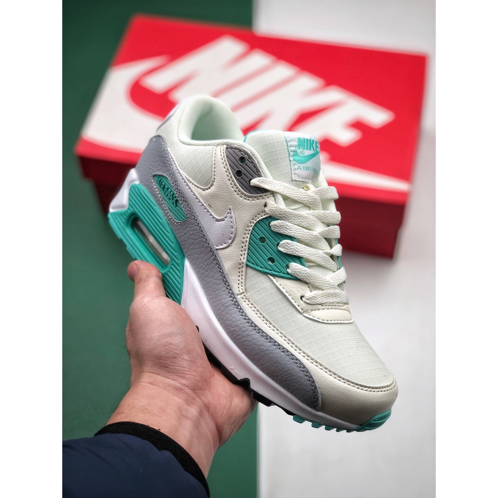 รองเท้าวิ่ง Air Max 90 สําหรับผู้หญิง