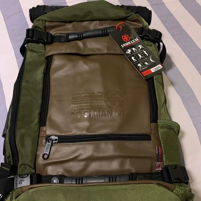 กระเป๋าเป้เดินป่าและเดินทาง#สีเขียว#มือสองยังไม่ได้ใช้