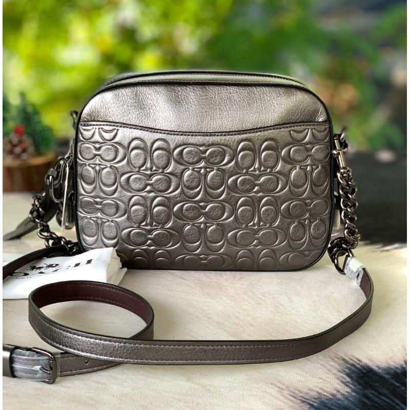 🎀 (สด-ผ่อน) ส่งฟรี กระเป๋า COACH Camera Bag crossbody bag 38627 งานชอป มีถุงผ้า ลายซีนูน สี Metallic Graphite Gunmetal