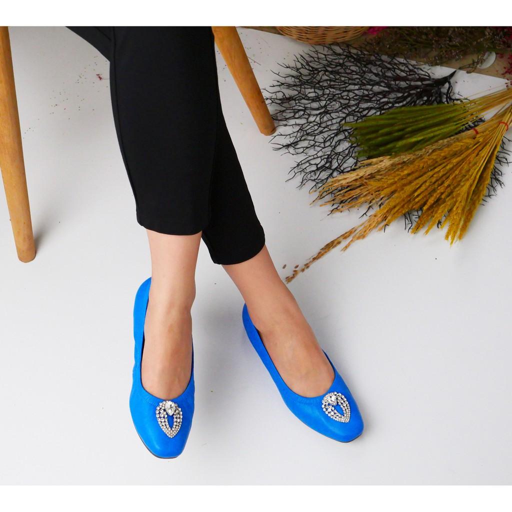 Fiftysix พร้อมส่ง รองเท้าหนังแกะ รองเท้าส้นเตี้ยหนังแกะ รองเท้าคัชชู รองเท้าใส่ทำงาน รองเท้าแฟชั่น รุ่น Nora Blue