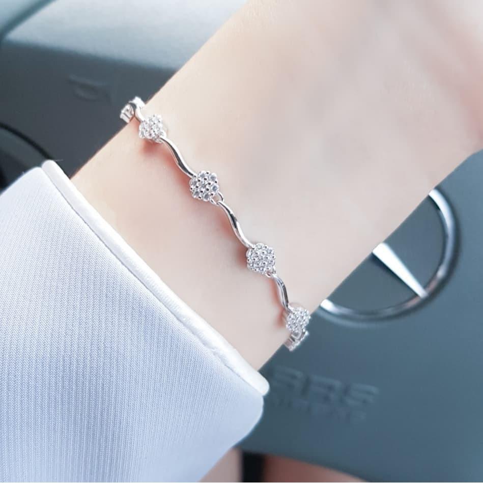 ราคาพิเศษ◙☼◇สร้อยข้อมือ Lily-O ♡Lida Jewelry เงินแท้925 ชุบทองคำขาว