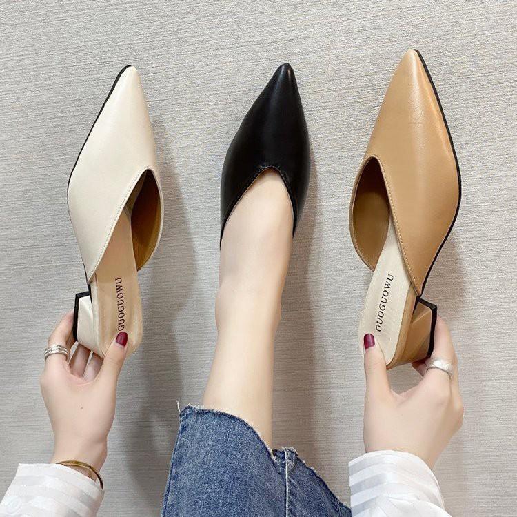 รองเท้าคัชชูหัวแหลมสไตล์ใหม่รองเท้าผู้หญิงส้นหนา