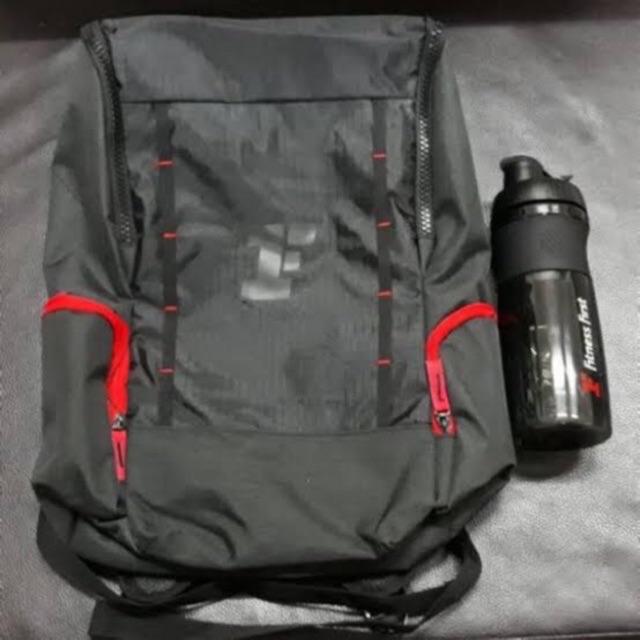 New กระเป๋าเป้ และกระติกน้ำ จาก Fitness First
