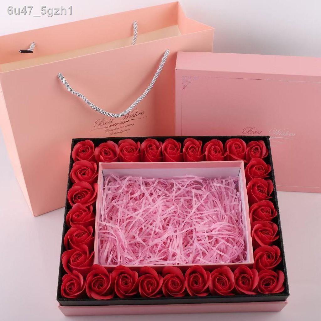 Dior ลิปสติกﺴ▲☜Christmas gift Dior Mani lipstick moisturizing 999 matte 888 long Last non-stick cup box Authentic fema