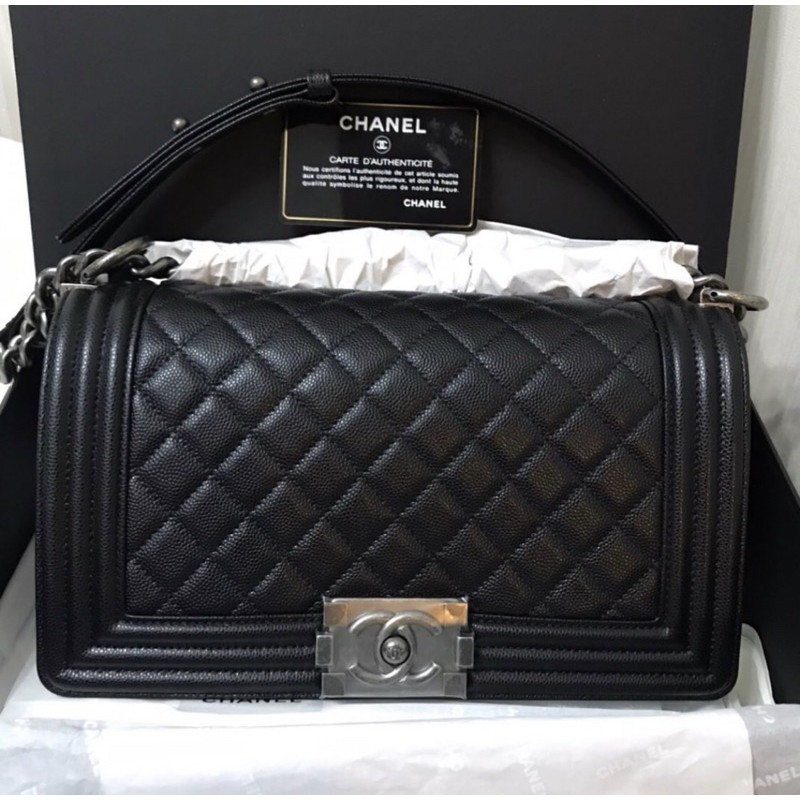 "New Chanel Boy 10"" Black Caviar RHW Holo30 Fullsetเว้นใบเสร็จค่า"