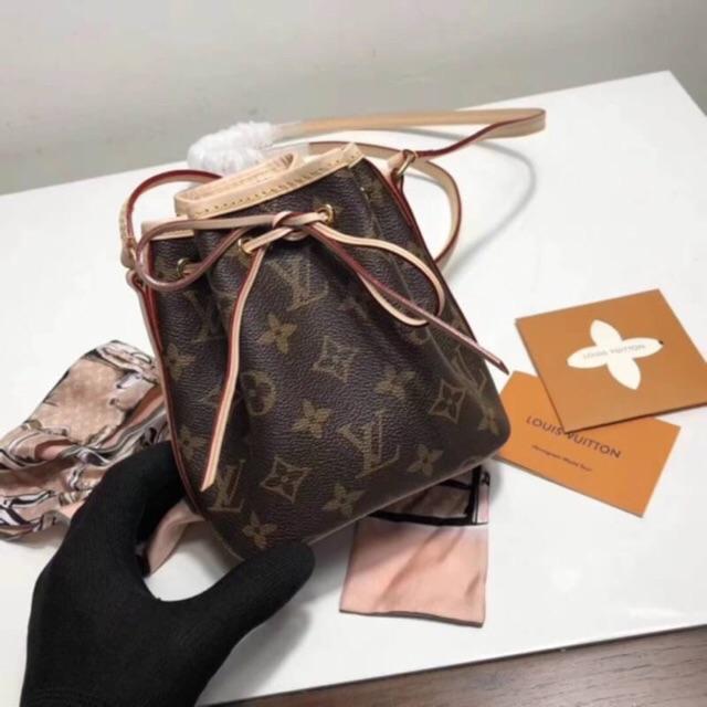 Lv bumbag Original leather 1 1  78386e8eb9aaa