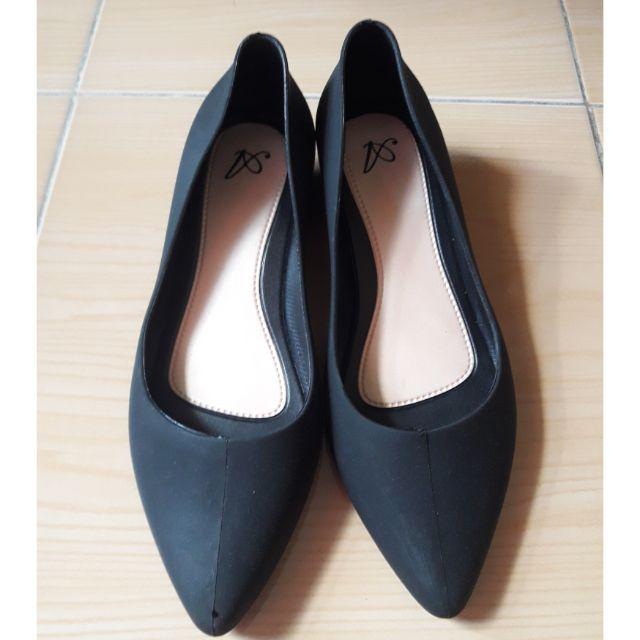 รองเท้าคัชชูสีดำ Size 37