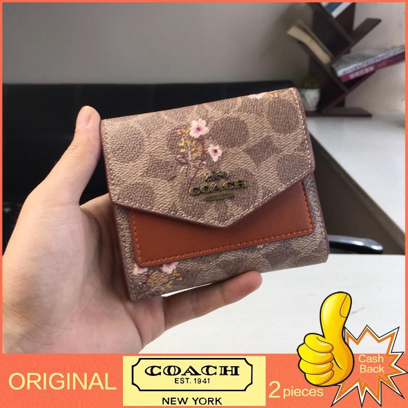 Coach F67246 กระเป๋าสตางค์ผู้หญิง หนังแท้กระเป๋าสตางค์ กระเป๋าเงินบัตร กระเป๋าสตางค์ใบสั้น พับเก็บได้