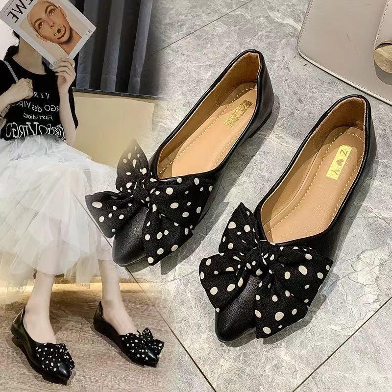 รองเท้าคัชชูหัวแหลมผู้หญิงสไตล์เกาหลีแบนคันธนู