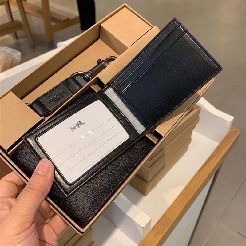 ซื้อกระเป๋าสตางค์ใบสั้นผู้ชาย COACH กระเป๋าสตางค์ PVC ครึ่งใบ + พวงกุญแจกล่องของขวัญชุดค