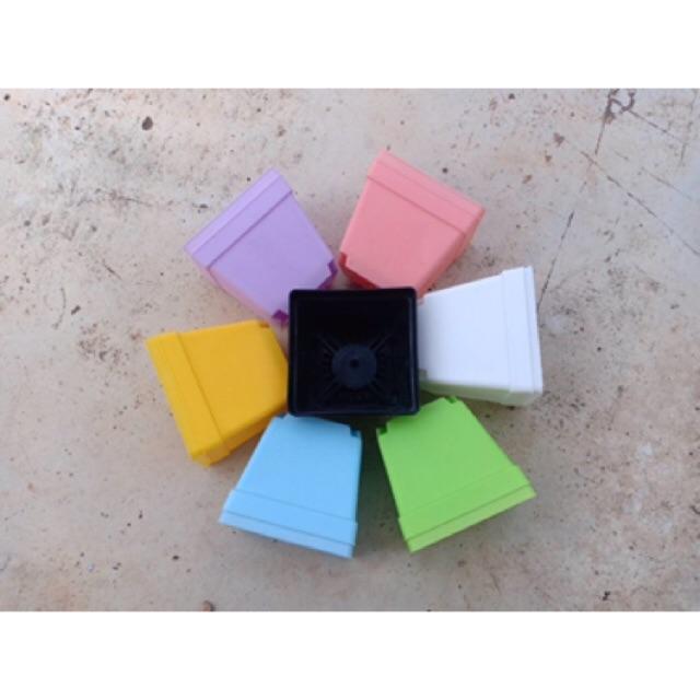 กระถางเหลี่ยม 4 นิ้วสีพาสเทล มี 7 สี ปลูกกระบองเพชร ไม้อวบน้ำ ไม้อื่นๆ ได้ทุกชนิด