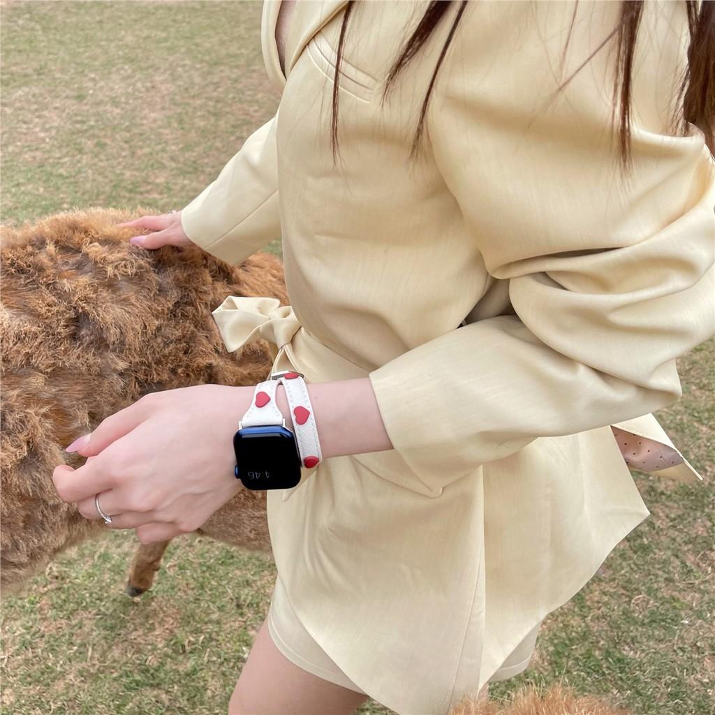 สาย applewatch☋❁◆รุ่นความรักเหมาะสำหรับ applewatch apple watch แหวนคู่สายหนังอย่างดี iwatch1-6 รุ่น SE