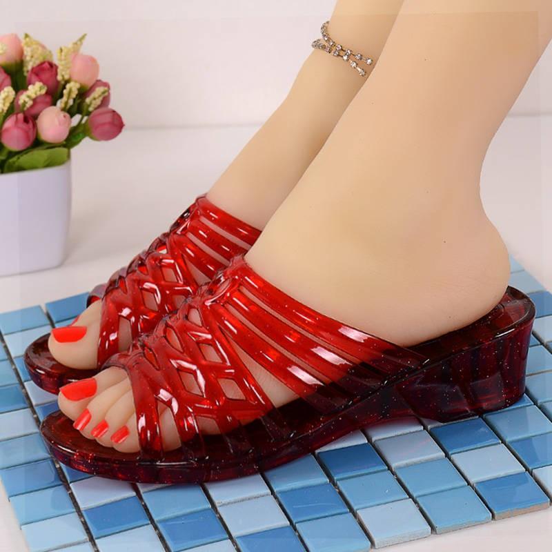 รองเท้าส้นสูงไซส์ใหญ่!รองเท้าคัชชู!รองเท้าส้นสูงมือสอง! รองเท้าแตะผู้หญิงส้นสูงพลาสติกคริสตัลแฟชั่นฤดูร้อนรองเท้าแตะพื้นหนาและรองเท้าแตะพลาสติกใสกันลื่นรองเท้าแตะครึ่งกลางแจ้ง