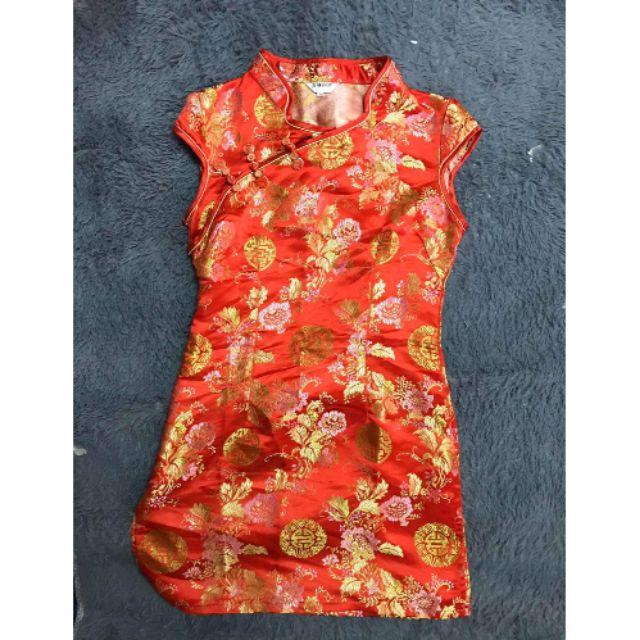 เดรสจีนกี่เพ้ามือ 1 ส่งต่อซื้อมายังไม่ได้ใส่ ชุดจีนกี่เพ้า งานตรุษจีน