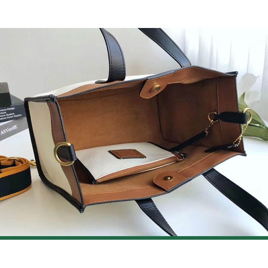 Bags☬◕COACH ผ้าใบรถม้าลากรูปกระเป๋าแม่กระเป๋าผู้หญิงกระเป๋าช้อปปิ้งกระเป๋าผ้าแคนวาส 3663 โลโก้ถุงช้อปปิ้งกระเป๋าผ้าแคนว