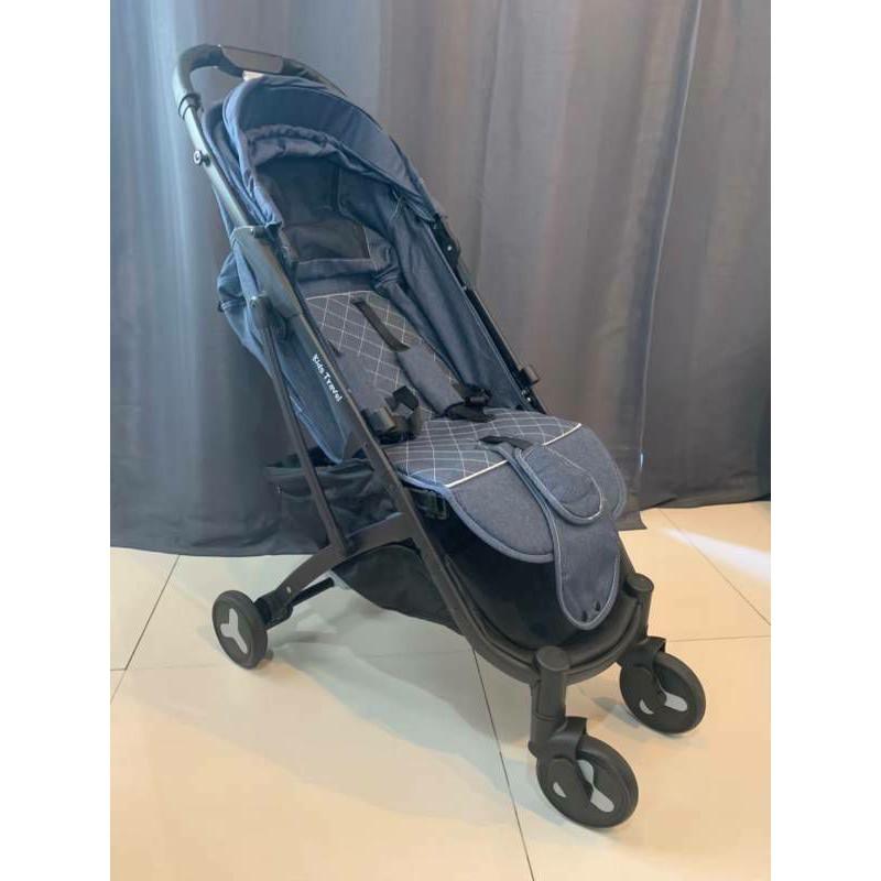Baby Stroller รถเข็นเด็กมือสองสภาพใหม่พับเป็นกระเป๋าเดินทางได้