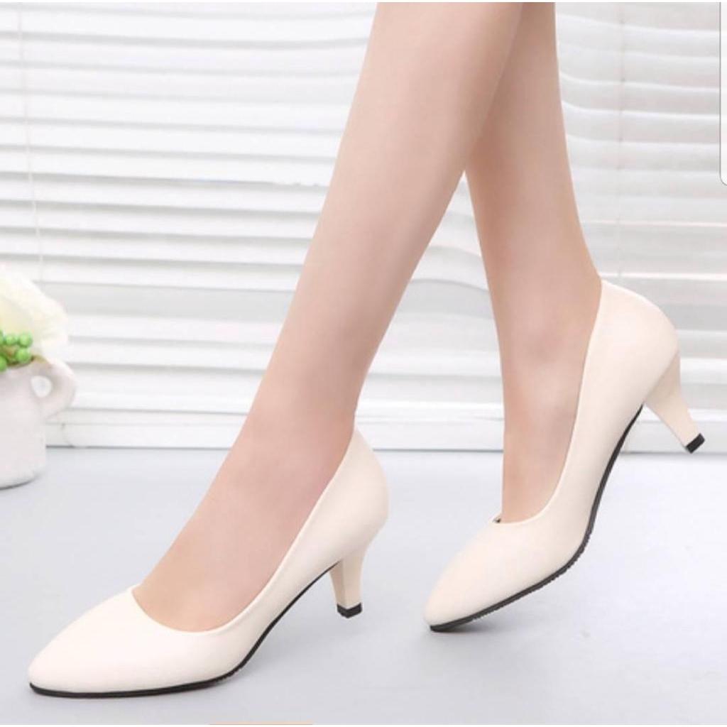 รองเท้าคัชชูส้นสูง สีดำสูง 2 นิ้ว รองเท้าแฟชั่นใส่ทำงาน ใส่สวย