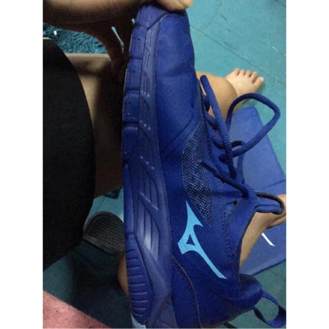 รองเท้าอินดอร์ สำหรับวอลเลย์บอล MIZUNO WAVE LUMINOUS