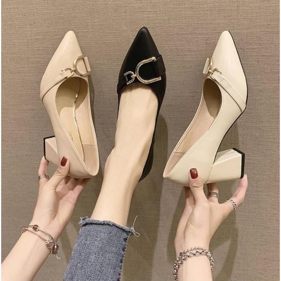 ✨✨ คัชชูหัวแหลม  หุ้มส้นสูงหนา ผู้หญิง รองเท้าส้นสูงแฟชั่นขายดี รองเท้าคัชชูส้นสูง 2.5 นิ้ว  F026 ✨✨