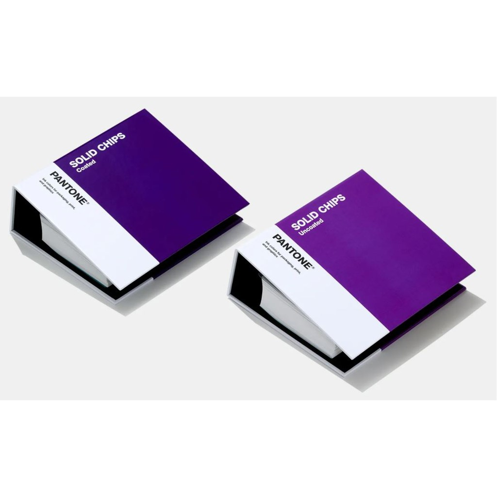 Pantone Solid Chips books - GP1606A eEIc
