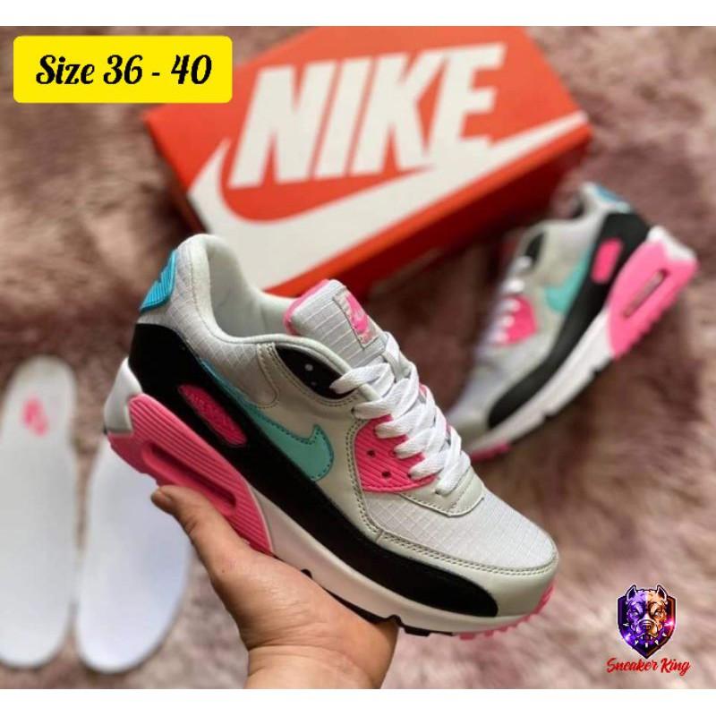 รองเท้า Nike Air Max 90 Premium