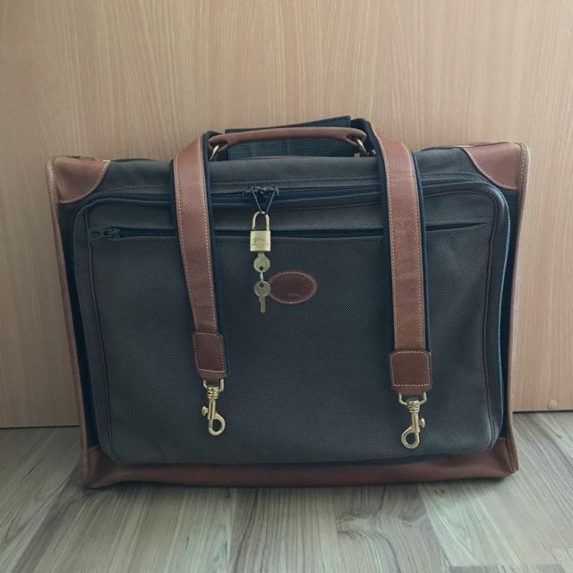 Longchamp กระเป๋าเดินทาง
