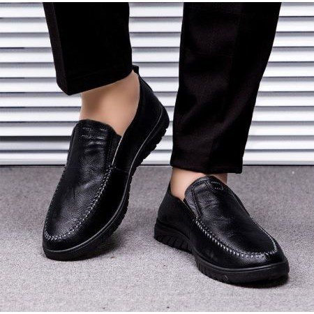 รองเท้าคัชชูผู้ชาย รองเท้าหนังผู้ชาย FF รองเท้าหนัง รองเท้าแฟชั่น รองเท้าหนังแบบสวมสีดำ  No.9134