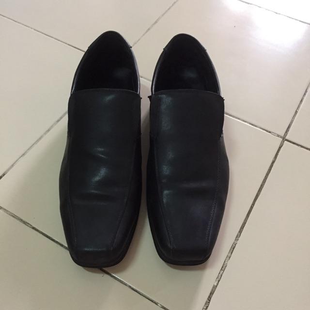 รองเท้าคัชชูหนังแท้ ยี่ห้อ Taywin เบอร์ 45