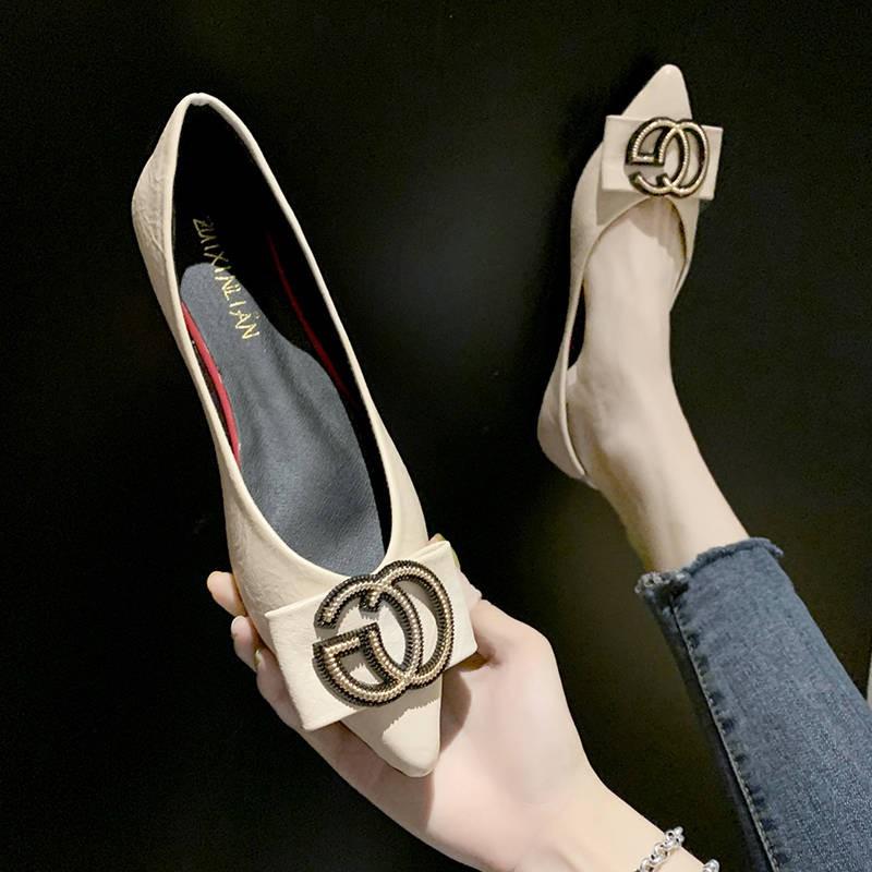 รองเท้าผู้หญิง รองเท้าคัชชู ร้องเท้า ☆แหลมรองเท้าเดียวหญิง 2019 เวอร์ชั่นเกาหลีใหม่ของร้อยขนาดเล็กสีดำสดรองเท้าแบนรองเท้