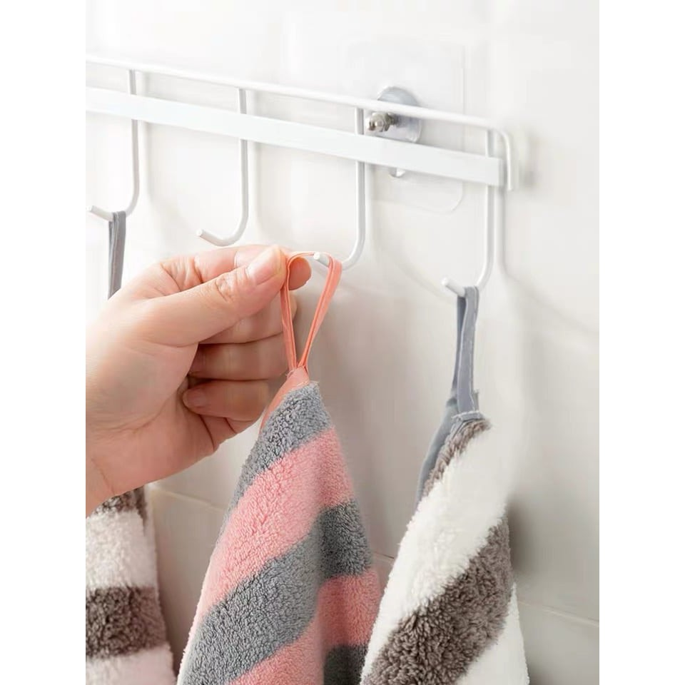 AQ ผ้าขนหนู ผ้าเช็ดตัวขนเป็ด ขนาด 70x140 ซึบซับน้ำได้ดี ไม่เป็นขุย เป็นขนติดตัว มีให้เลือกหลายสีหลายลาย