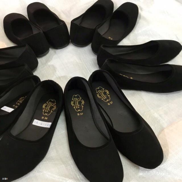 ₪36-44 รองเท้าคัชชูส้นเตี้ย กำมะหยี่สีดำ ใส่เรียนใส่ทำงาน พื้นเรียบ ดำขน รองเท้านักศึกษา